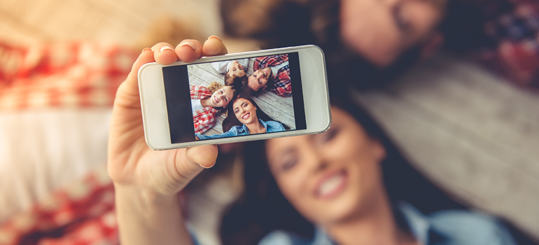 Image of a family doing a selfie